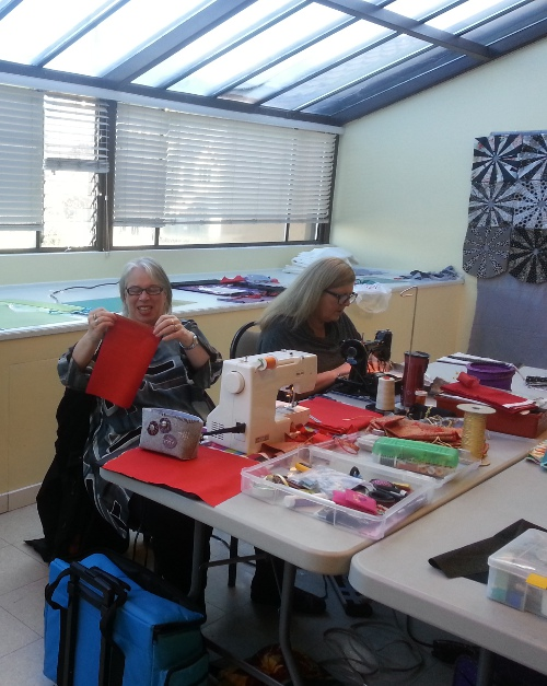 Gaye and Loretta sewing up a storm at the November 2014 all-day sew-in